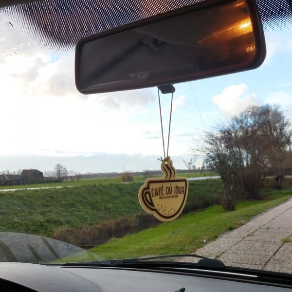 Luchtverfrisser voor in de auto met koffie & vanille geur